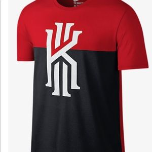 Nike Medium Kyrie t-shirt